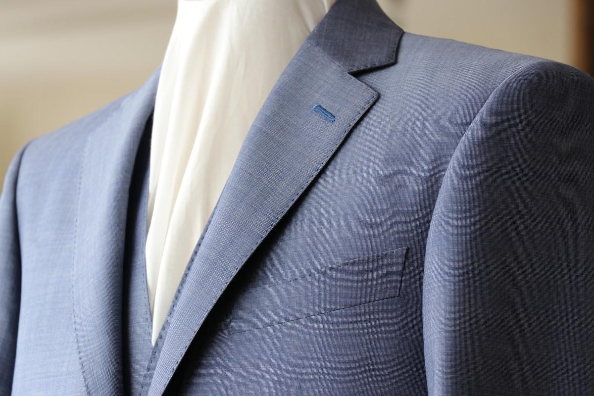 モヘアシャンブレーで仕立てるスーツ