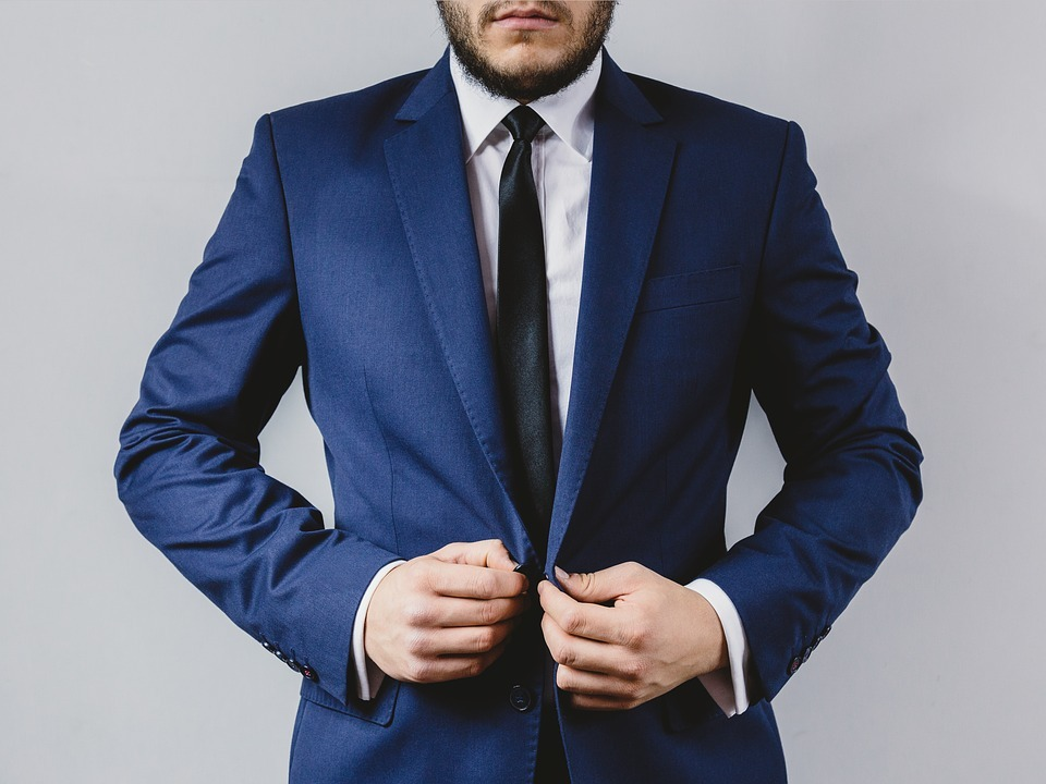 suit-2619784_960_720