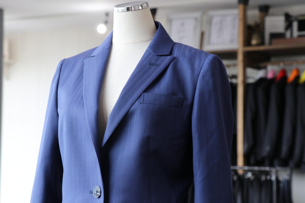 織柄が特徴的な生地 ビエレッシで仕立てるスーツ