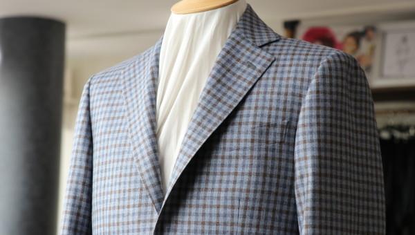 ロロピアーナのガンクラブチェックジャケット