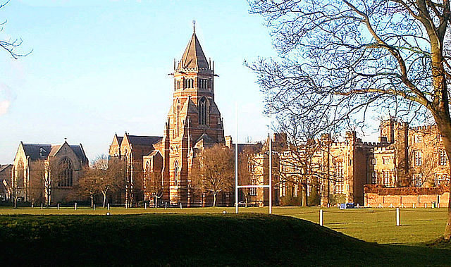 640px-Rugby_School_850