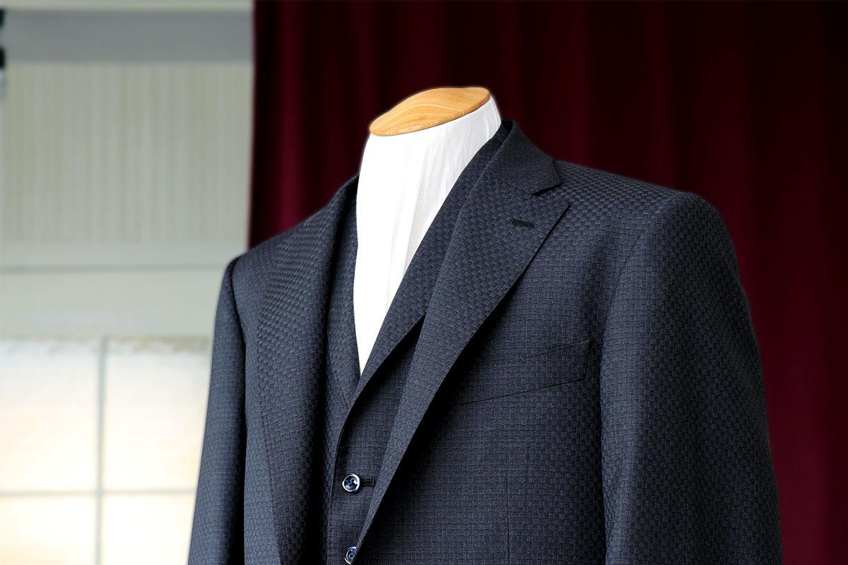 音楽とスーツのスタイル