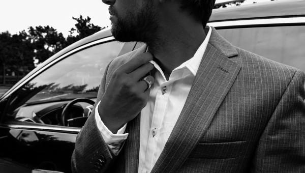ネクタイの選び方「柄の入っているスーツの場合」