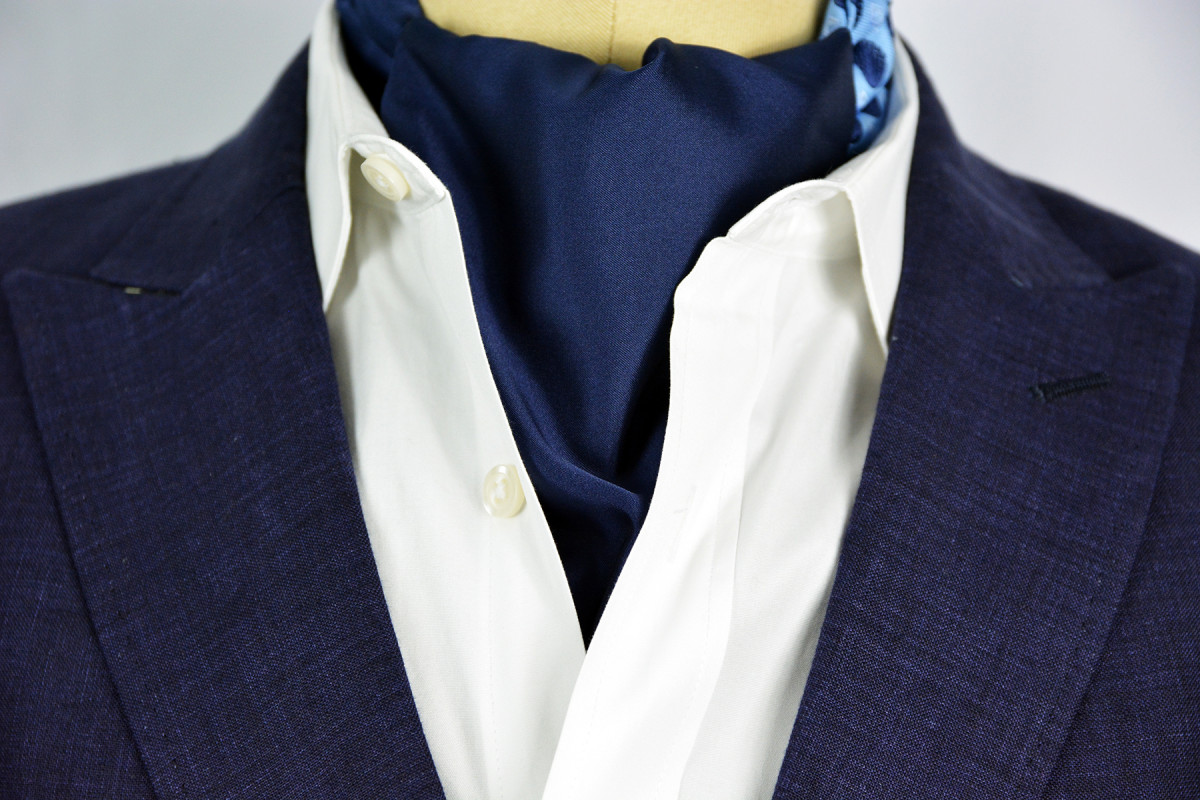 Sterling-Navy-Reversible-Ascot