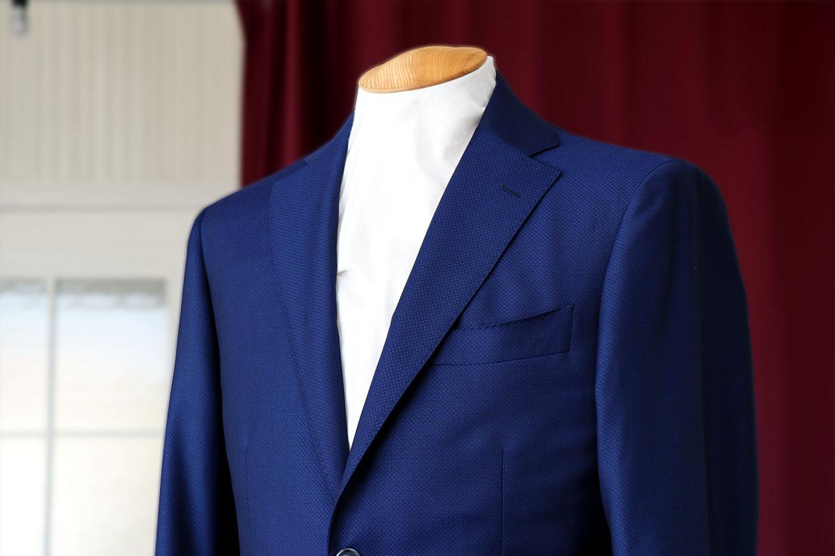 ドラゴのダイヤ文様の総織り柄スーツ