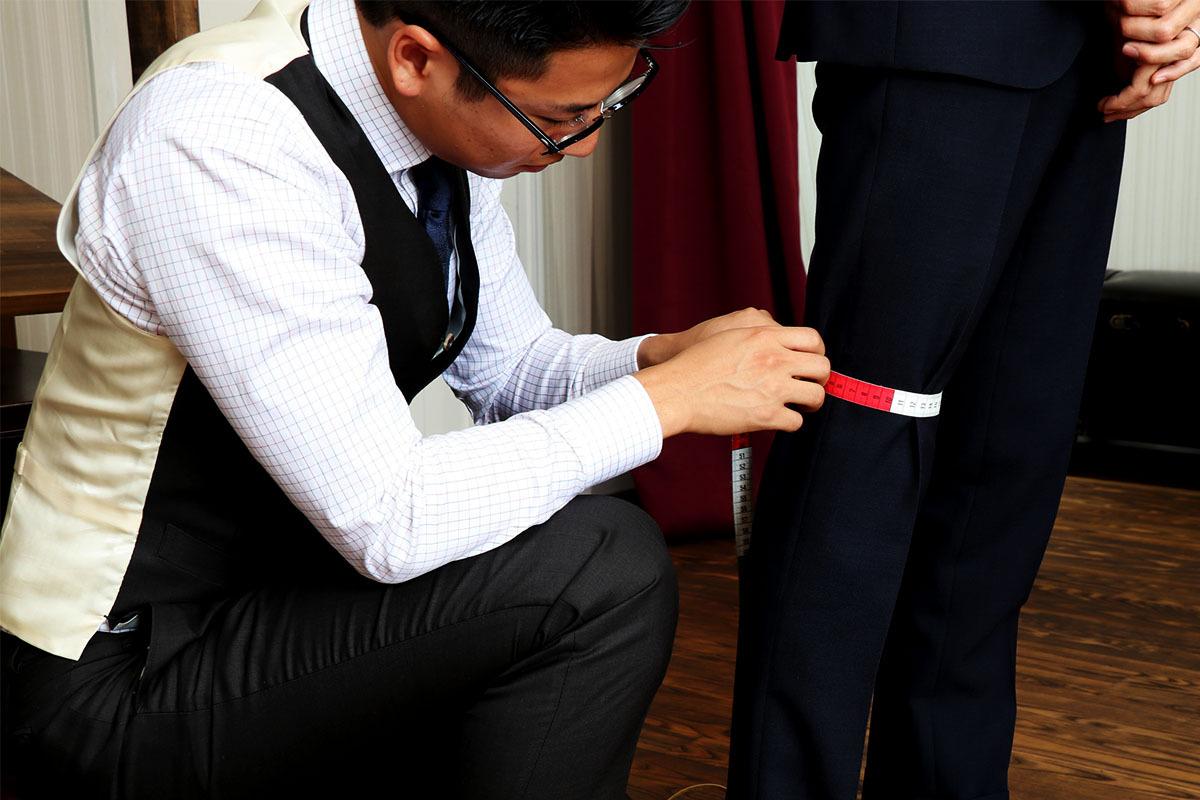 【スーツを着るトレーニー必見】オーダースラックスのサイズが合わない理由