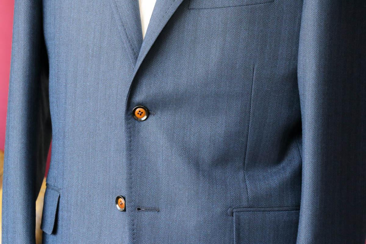 イギリス、マーリン&エヴァンスのヘリンボーンによるサマージャケット