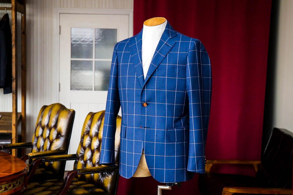 【イギリス生地のウインドペーン】柄で華やかさを演出するスーツ選び