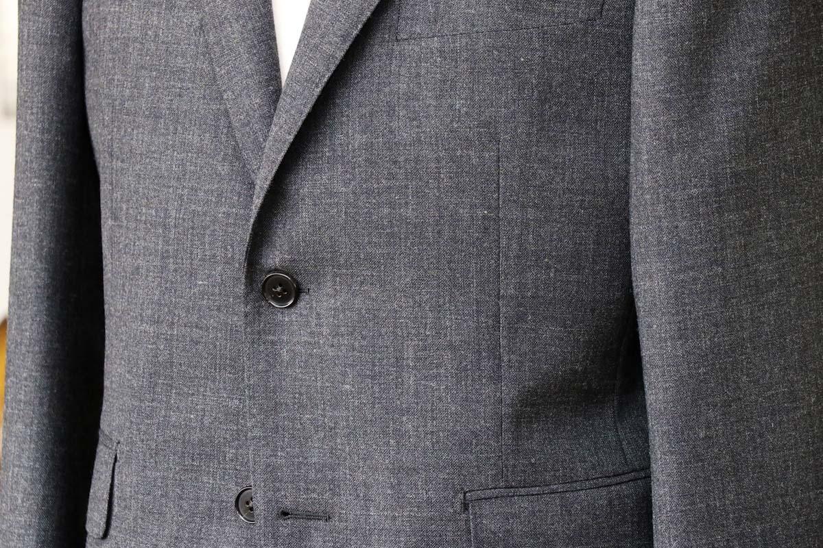 夏にも快適なジャケットで大好評の強撚糸生地 ウイリアムハルステッド