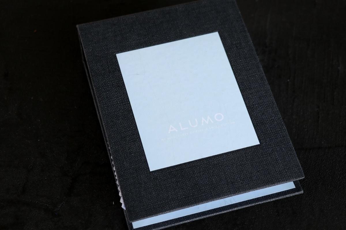 オーダーシャツ『ALUMO』のサンプルブックが新登場♪