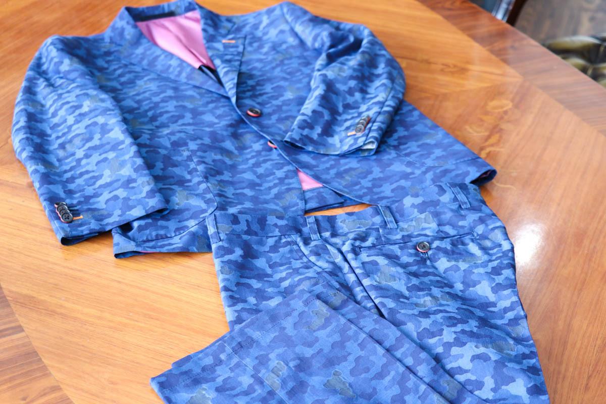 インパクト×ファッション 織りで表現された迷彩カジュアルセットアップ