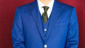 ゼニアのエレクタで仕立てるネイビーの秋冬ビジネススーツ