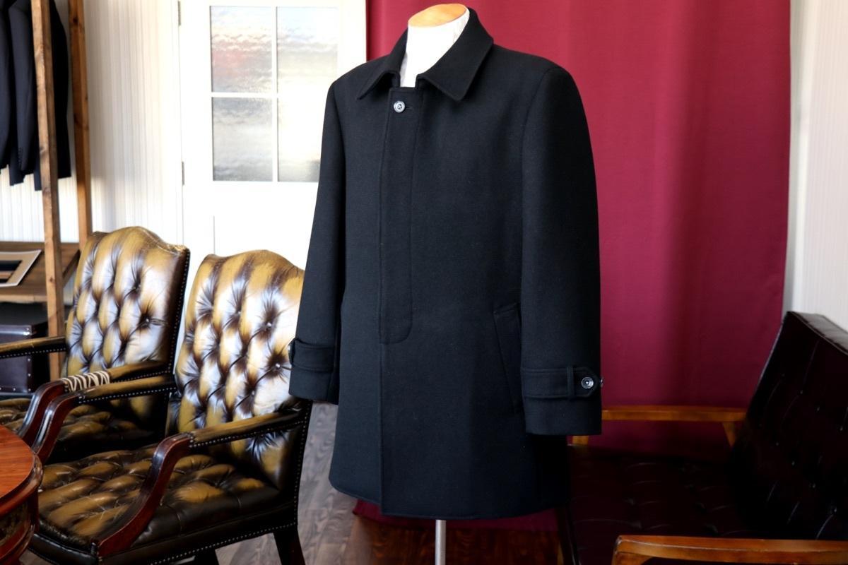 しっかり暖かいメルトン素材のステンカラーコート