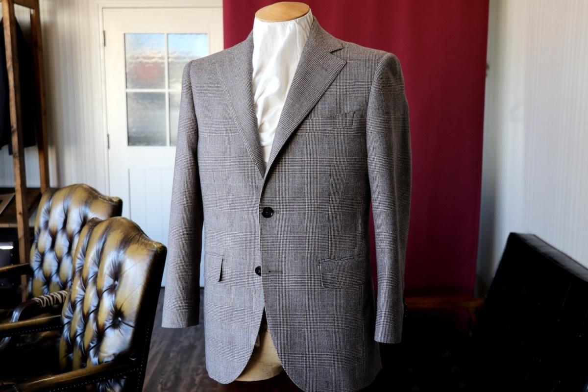 微ブラウンがオシャレなグレンチェックのフランネルスーツ