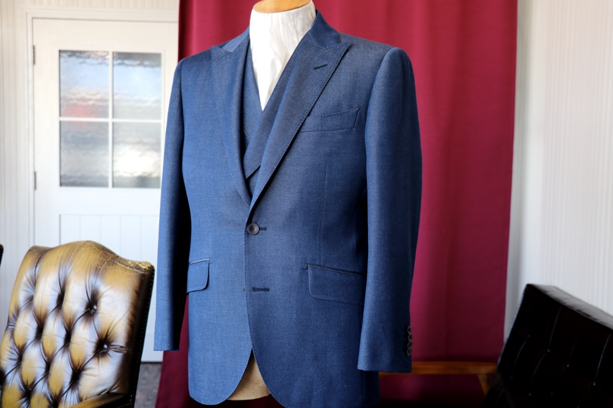 MIYUKIのウールデニムで仕立てる新郎衣装